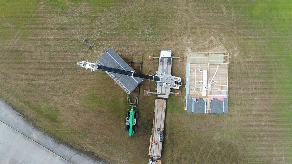 aerial modular home setting image